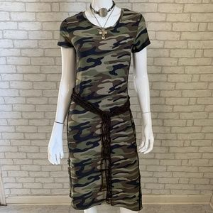 Dresses & Skirts - Soft knit camo bodycon dress - S/M